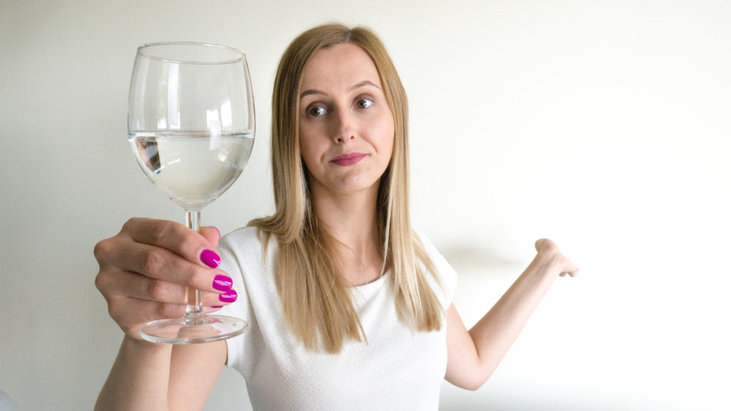 Jak wznosić toast? Aleksandra Pakuła